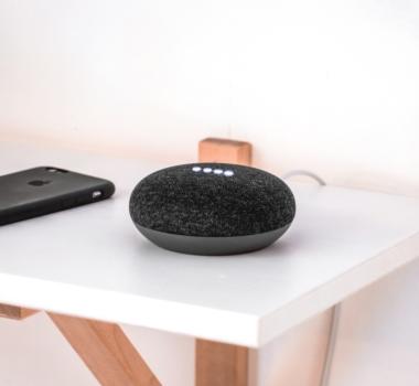 Google Assistant e Amazon Alexa: qual è l'esperienza migliore a casa?